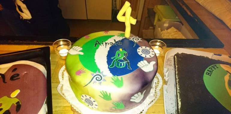 Aipalé Feiert Geburtstag